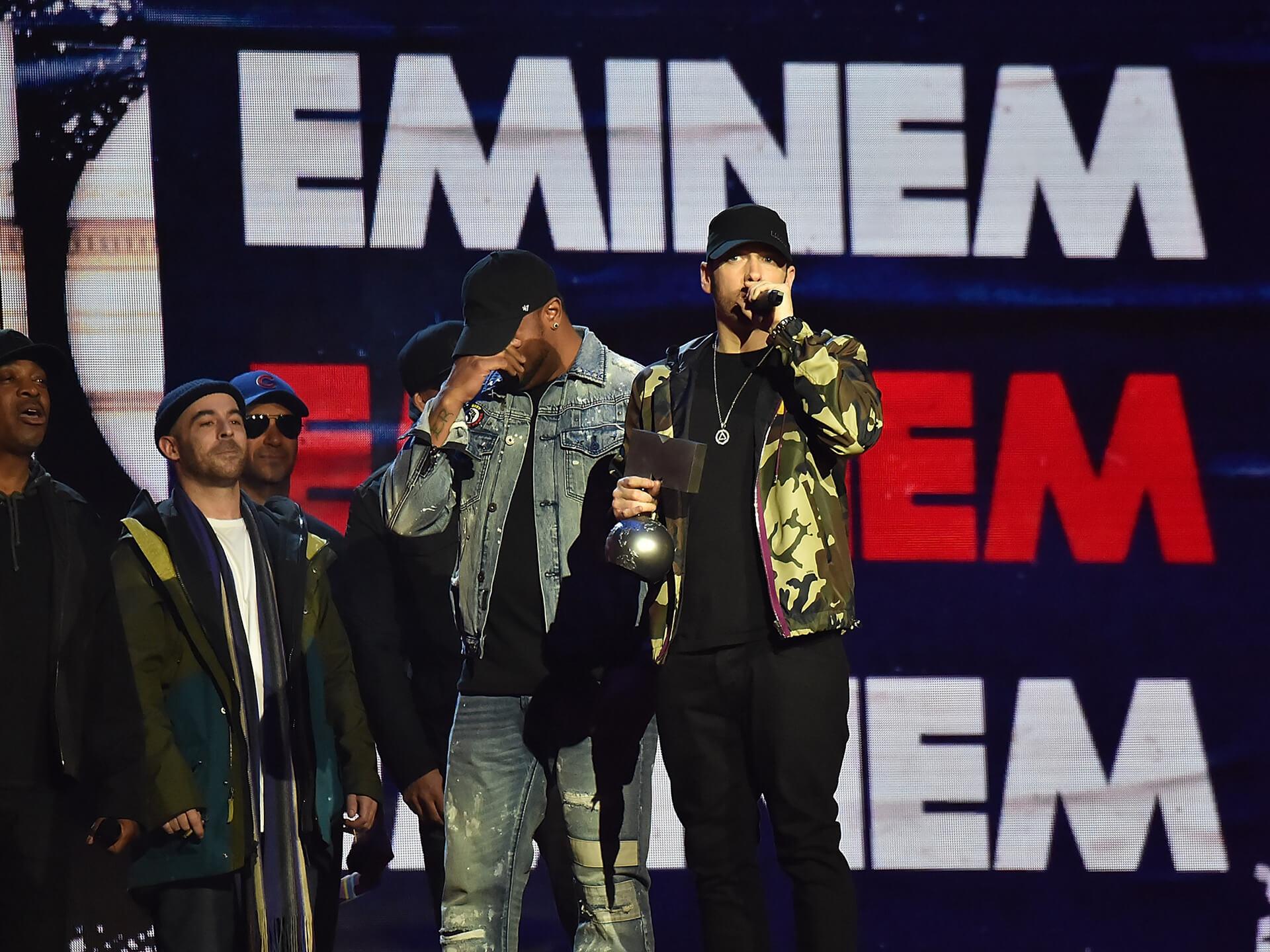 Oana Tache MTV EMA 2017